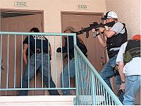 200px-U.S._Marshals_knock_and_announce